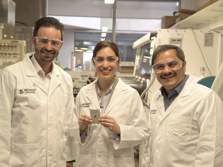 Long-lasting Lithium-Sulfur Battery Promises to Double EV Range