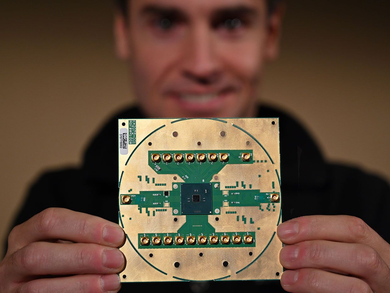 Intel Unveils Cryogenic Chips to Speed Quantum Computing