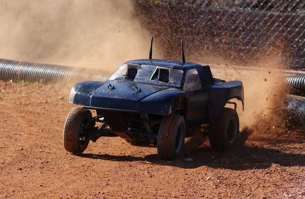 Autonomous Mini Rally Car Teaches Itself to Powerslide - IEEE Spectrum