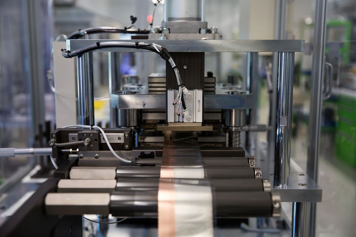 First Semisolid Lithium Batteries To Debut This Year In