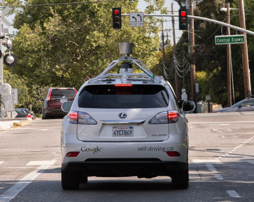 Google's Autonomous Cars Are Smarter Than Ever at 700,000 Miles