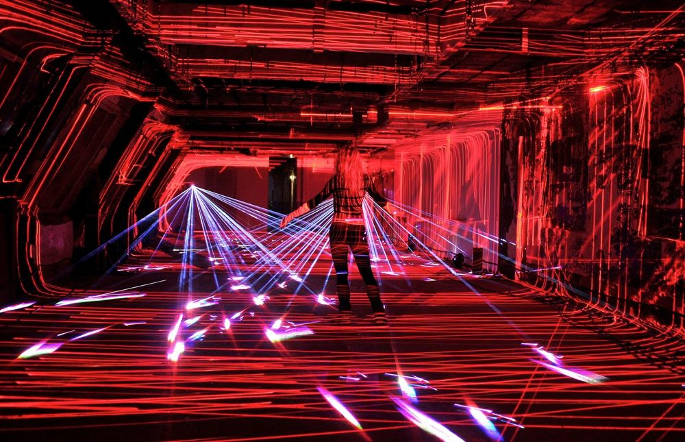 The Speed of Light laser art show that lit up the Oxo Tower Wharf in London from 9 to 19 April was reminiscent of the high-tech security systems faced by movie superspies. But the beams were commissioned by Virgin Media to commemorate 10 years of broadband communications in the United Kingdom.