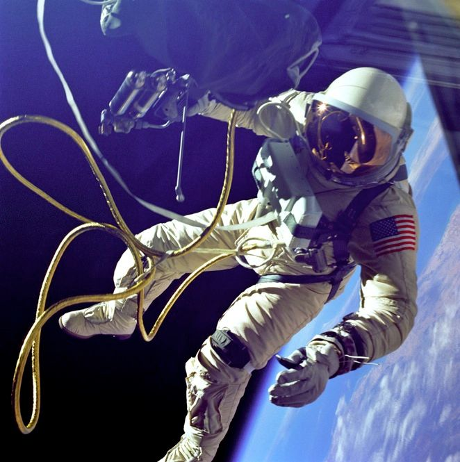 "FLOATING POINT: After Mercury, researchers needed to develop a space suit that would allow astronauts to leave the safety of their spacecraft. The Gemini suits added 10 layers of insulation and hoses that pumped cooling air from the spacecraft. This system kept the astronaut's body at a comfortable temperature, but the tethers kept them from venturing far from the capsule. <font size=""9"">"