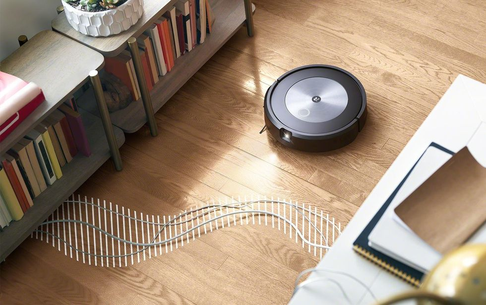 Photo of an iRobot Roomba j7 detecting a cord on the ground.