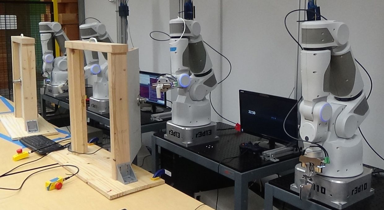 Google robots learning new skills by sharing their experiences