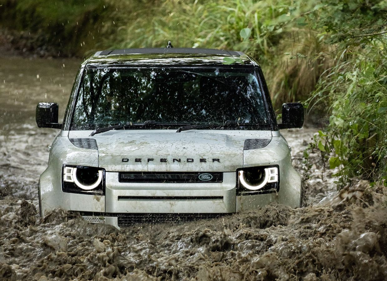 Image of the 2021 Land Rover Defender.