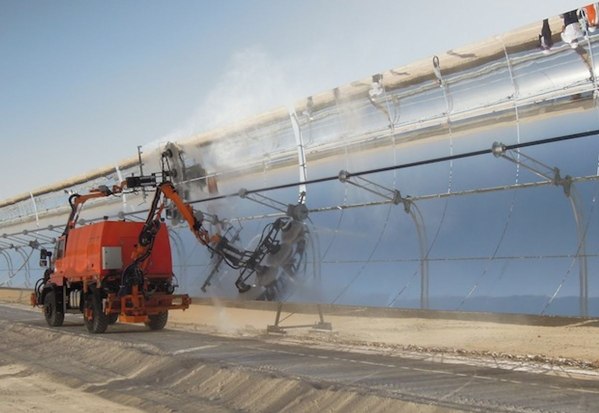 How Do You Clean 250 Thousand Solar Thermal Mirrors? Trucks With Robot Arms!