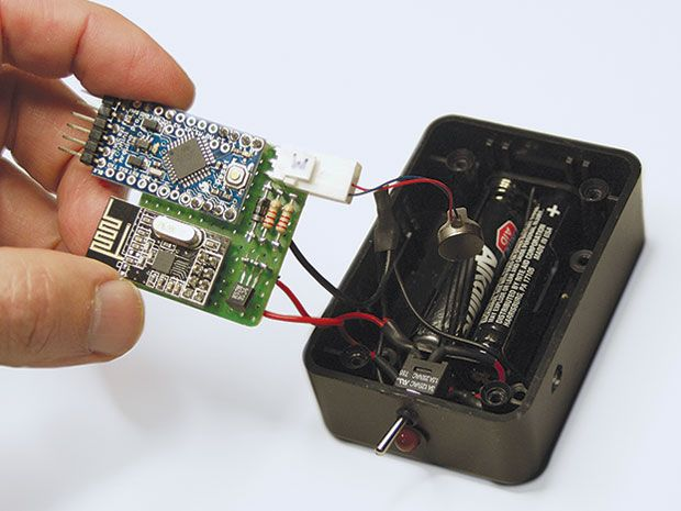 Hack Your Own Wireless Leash