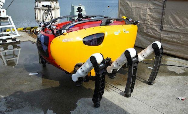 Huge Six-Legged Robot Crabster Goes Swimming
