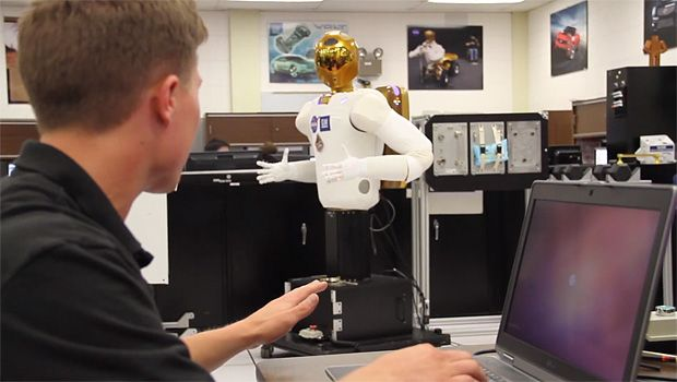 Video Friday: Baxter Gets a Turbo Mode, Nao Steps on Things, and Robonaut Doesn't Like You