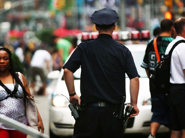 Judge Orders New York City Police to Wear Cameras