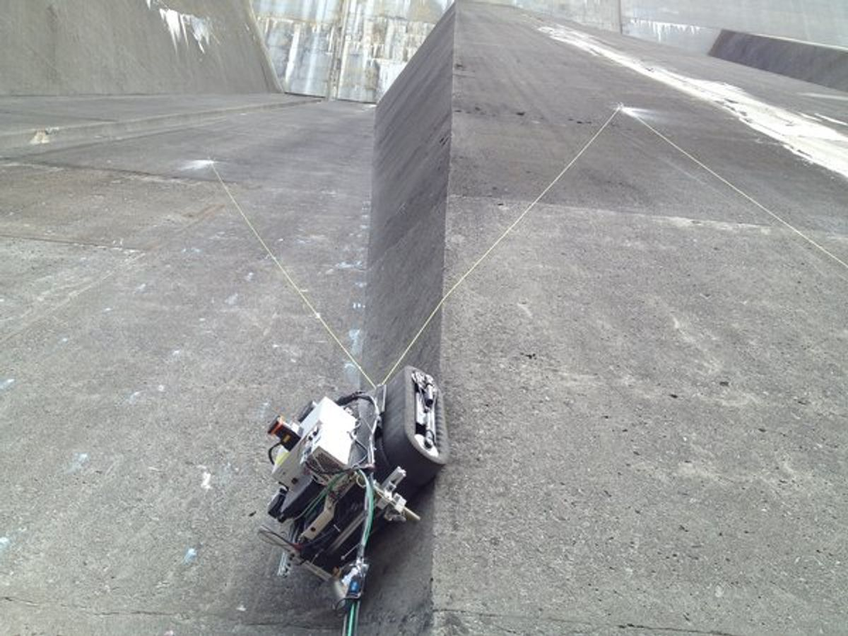 Crawler Bot Could Inspect Nuclear Power Stations
