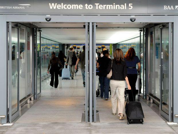 Thousands of Bags Miss Flights at Heathrow Terminal 5 Again