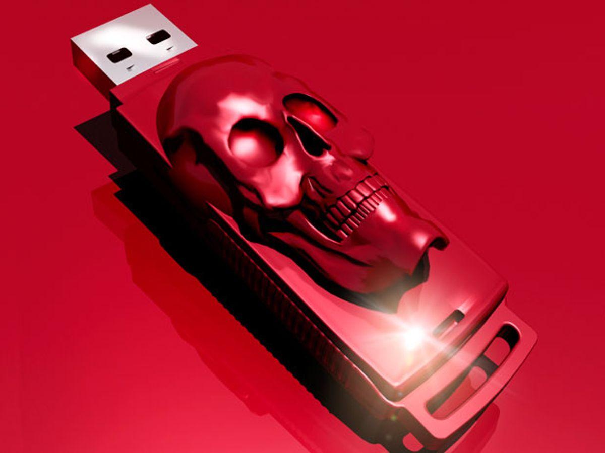 USB thumb drive with skull