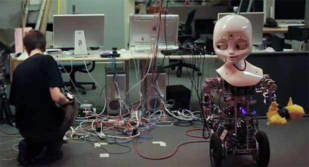 Video Friday: Sneaky Humanoid, ROS Hexapod, and Beautiful RoboRavens
