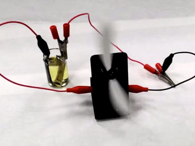 Chemical Battery Can Recharge Itself With Light