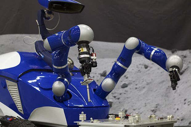 Astronaut Aboard the ISS Controls a Robot on Earth Using Haptic Feedback