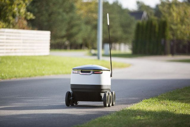Startup Developing Autonomous Delivery Robots That Travel on Sidewalks