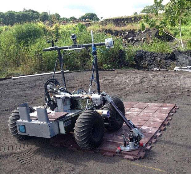 Hawaiian Robot Practices Landing Pad Construction for Space Exploration