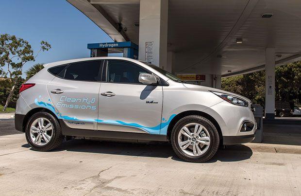2016's Top Ten Tech Cars: Hyundai Tucson Fuel Cell