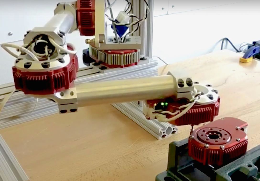 Video Friday: Robots Building Robots, EggBot Op Art, and The Beginning of T-1000