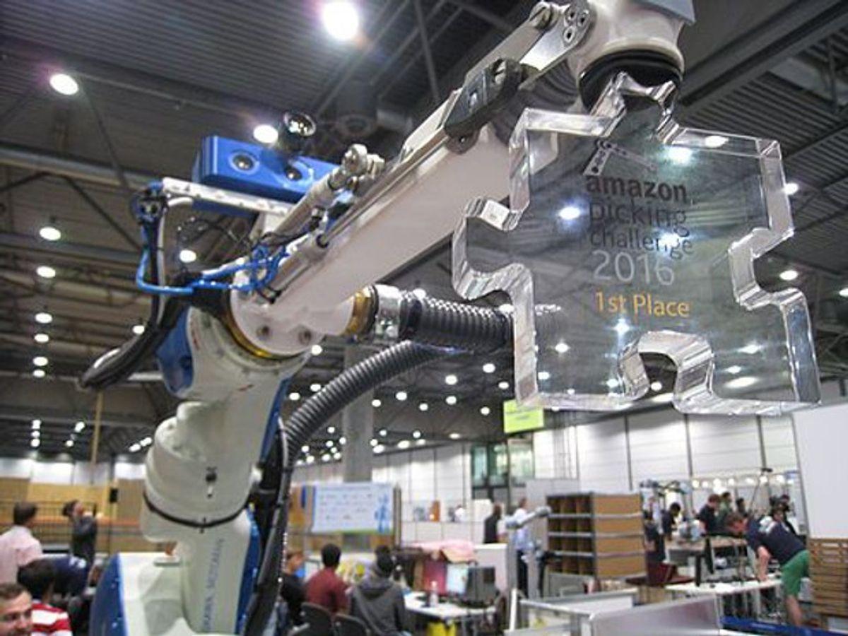 Amazon Picking Challenge winner Team Delft robot arm