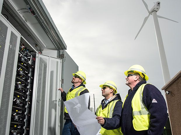 First Utility-Scale Microgrid in U.S. Enters Service