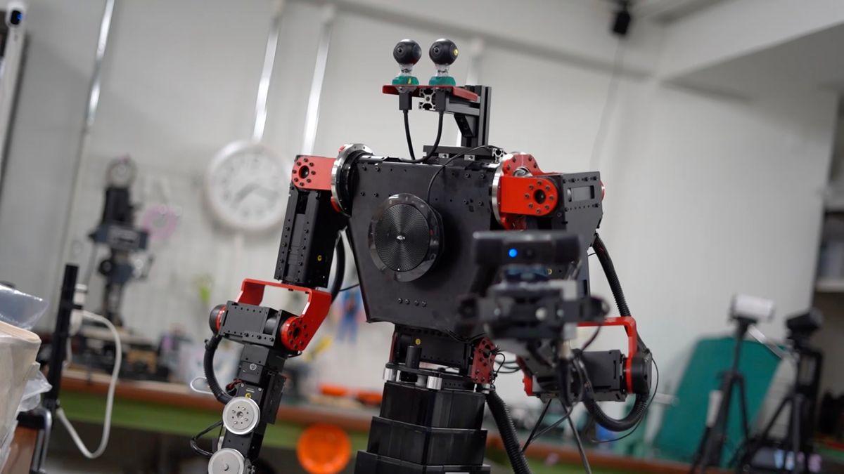 GITAI telepresence robot