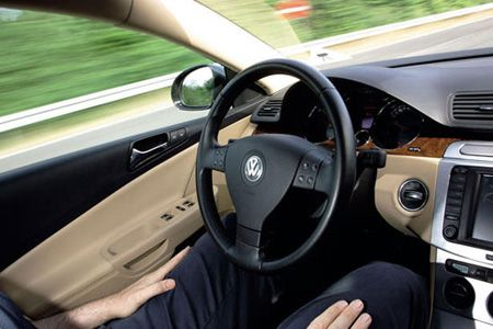 Volkswagen's Temporary Auto Pilot Makes Your Car Almost But Not Quite a Robot