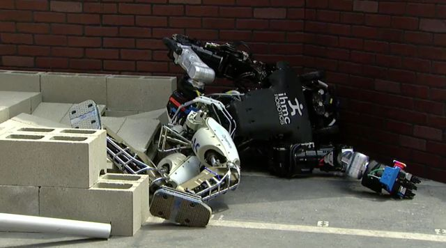 Lots of robots fell over during the first day of the DARPA Robotics Challenge Finals