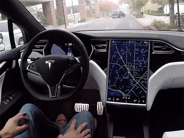 NHTSA says Tesla's AutoPilot not at fault for car crash
