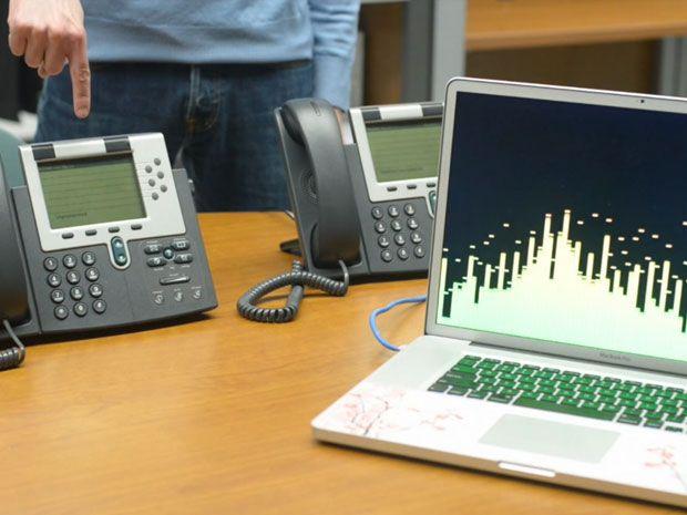 photo of Cisco IP phone's microphones