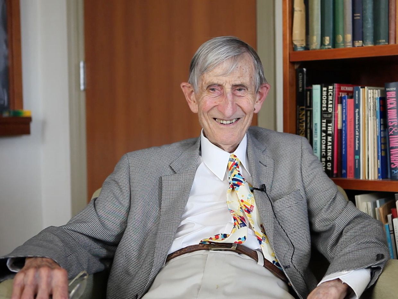 Photo of Freeman Dyson.