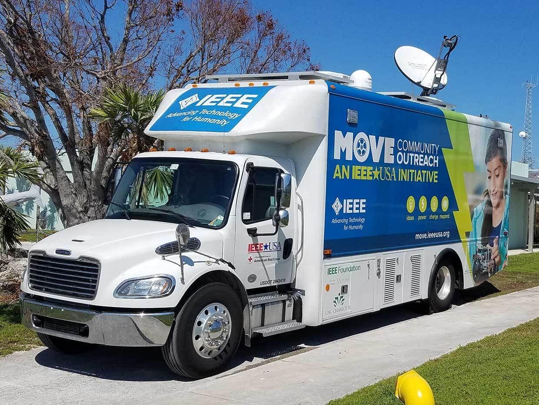 Photo of IEEE MOVE truck.