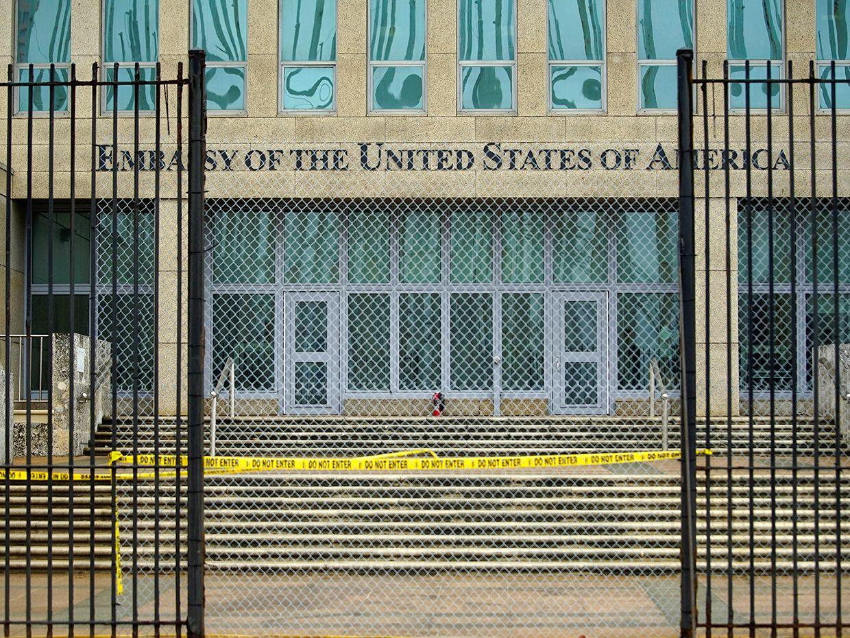 Photo of the closed U.S. embassy in Cuba.