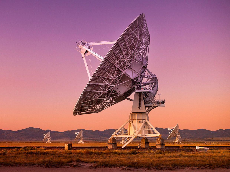 Radio antenna dishes of the Very Large Array radio telescope near Socorro, New Mexico