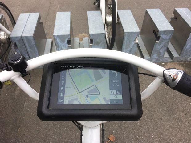 Tablets display user and navigation information on Copenhagen's public bikes