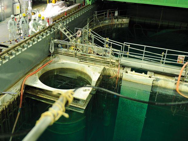 TEPCO is emptying reactor 4's pool.